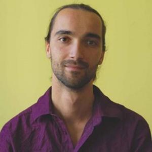 """Петър Петров- """"играещ"""" човек, психолог и наблюдател, създател на собствената си игра."""