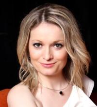 Нина Райчева един от основателите на професията консултант по ЩАСТИЕ в България.