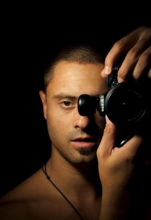 Пламен Ангелов (Плабо) - уеб дизайнер, фотограф и търсач на истината.